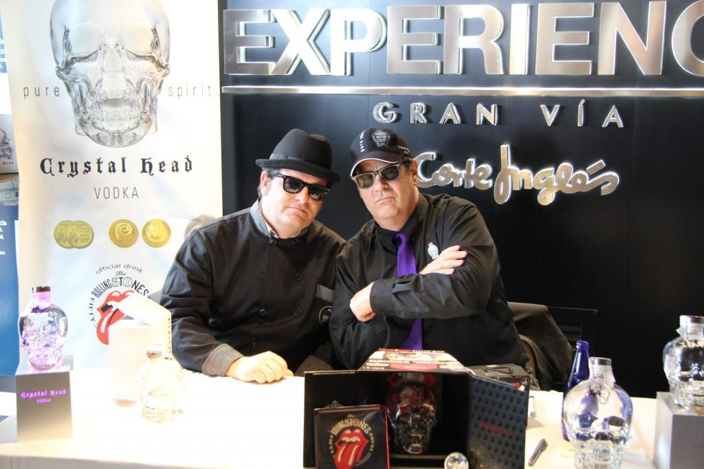 Dan Akroid y El Caldero